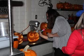 Judging the jack-o-lanterns